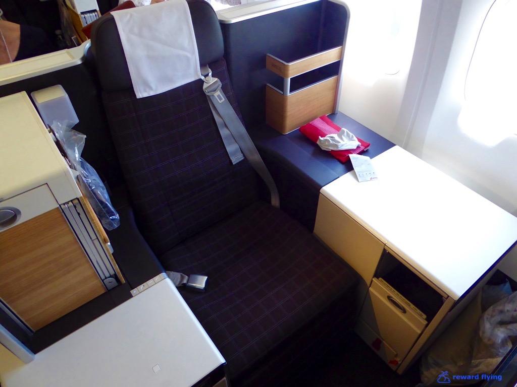 LX181 Seat 1.jpg