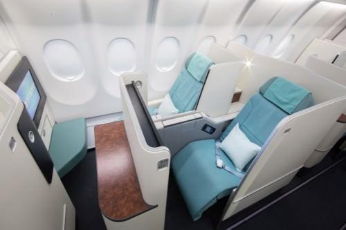 KE - Korean Air (Same seat as in Business Class)