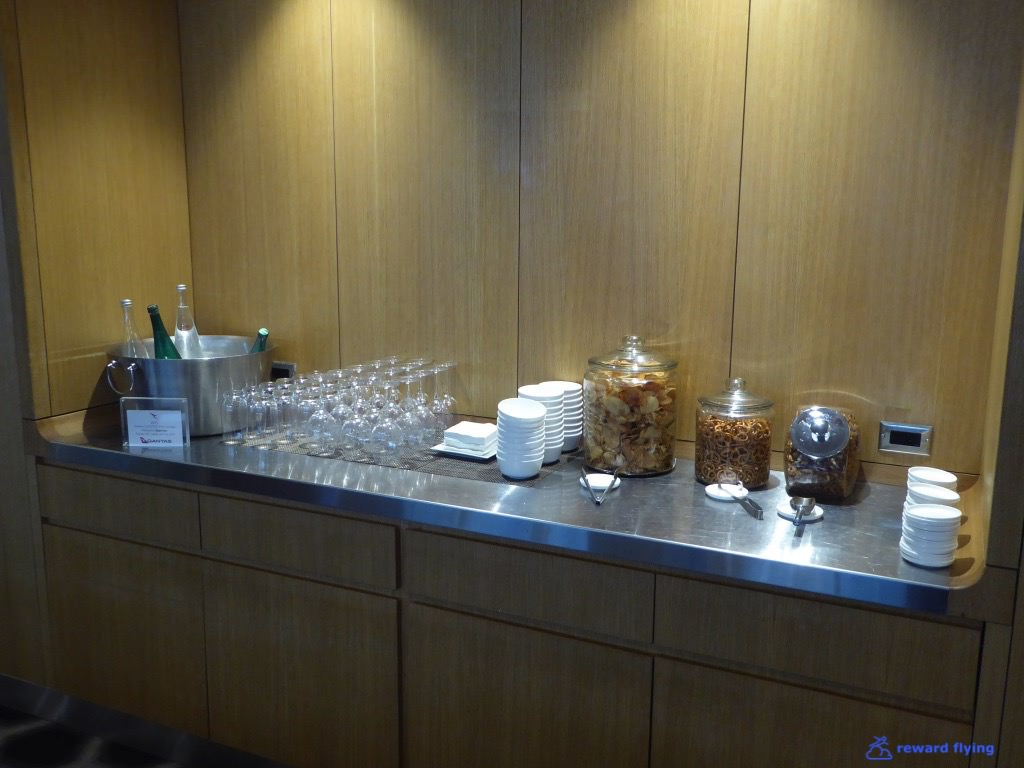 JL61 Lounge Bar 2.jpg