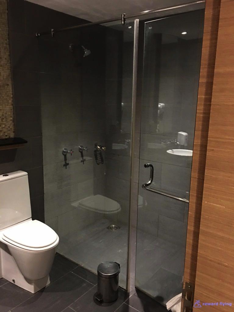 VS301 Lounge 7.jpg