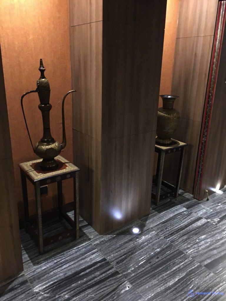 VS301 Lounge 2.jpg