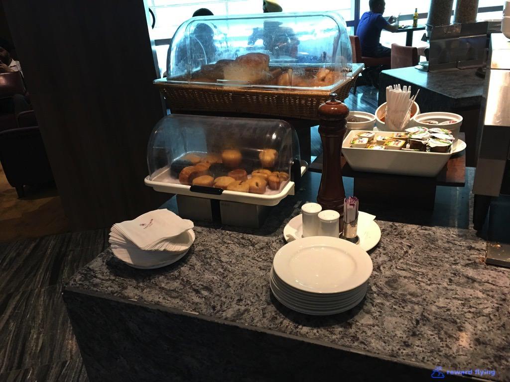 VS301 Lounge Food 1.jpg