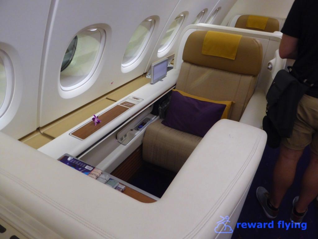 TG677 Seat 4.jpg