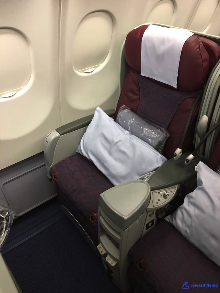 CI - China Airlines - 6 row cabin