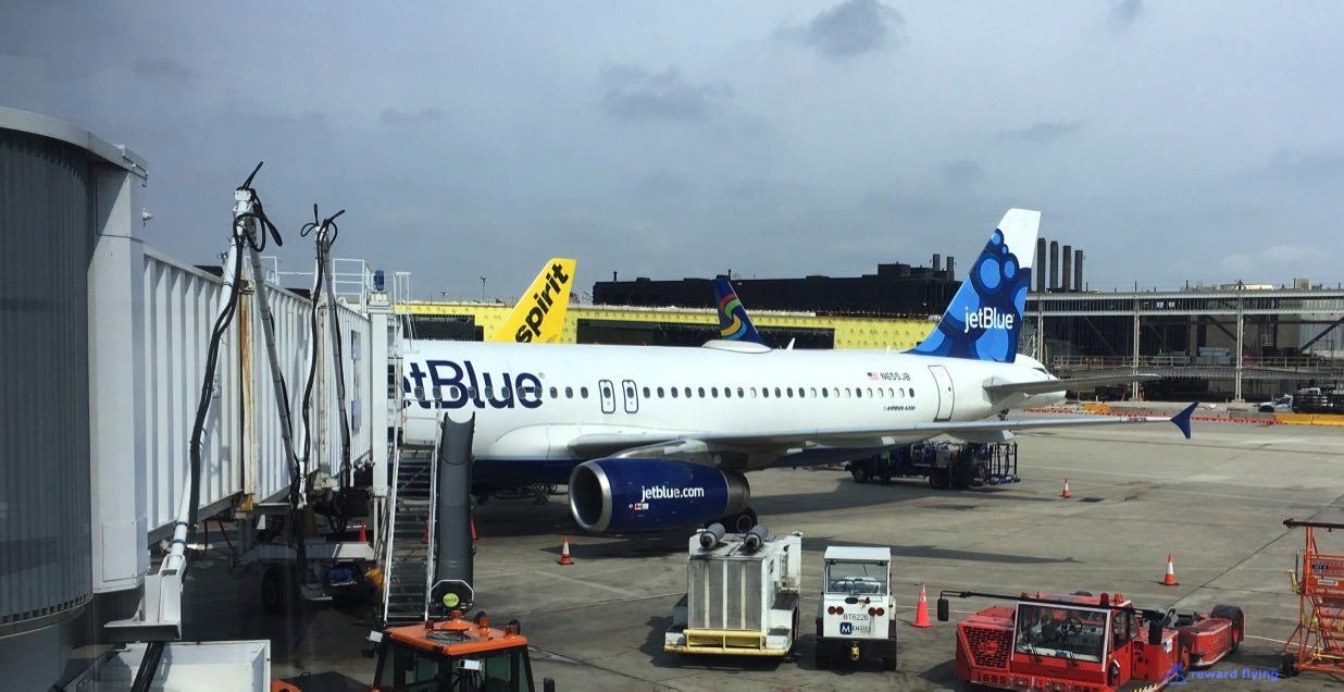 B6906 Plane 2.jpg