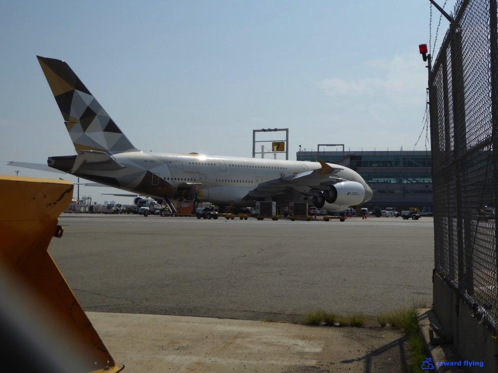 B6906 Scenic JFK EY2.jpg