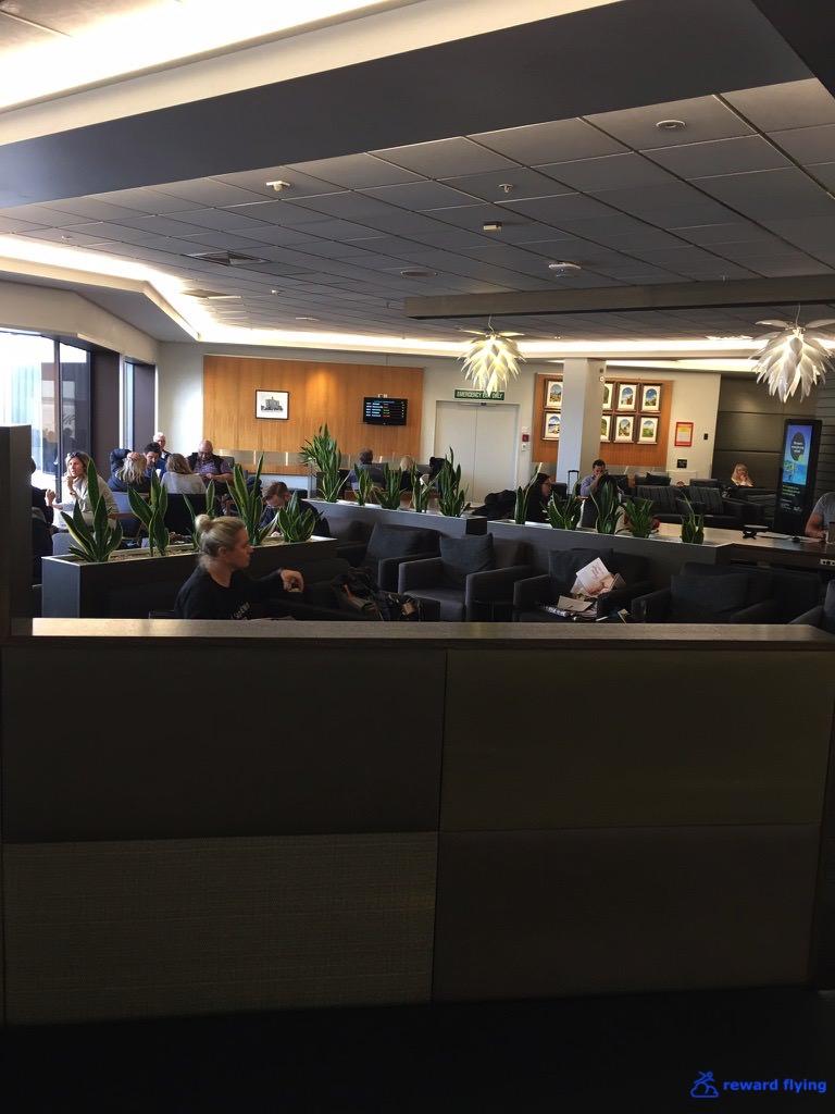 NZ421 Lounge 2.jpg