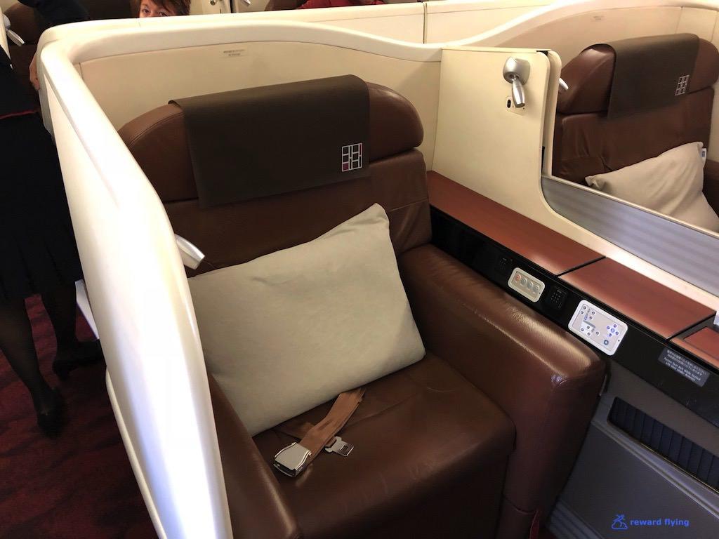 JL9 Seat 3.jpg