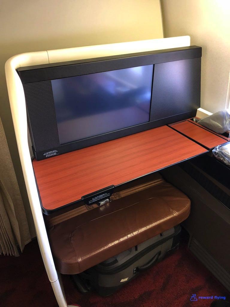 JL9 Seat 10.jpg