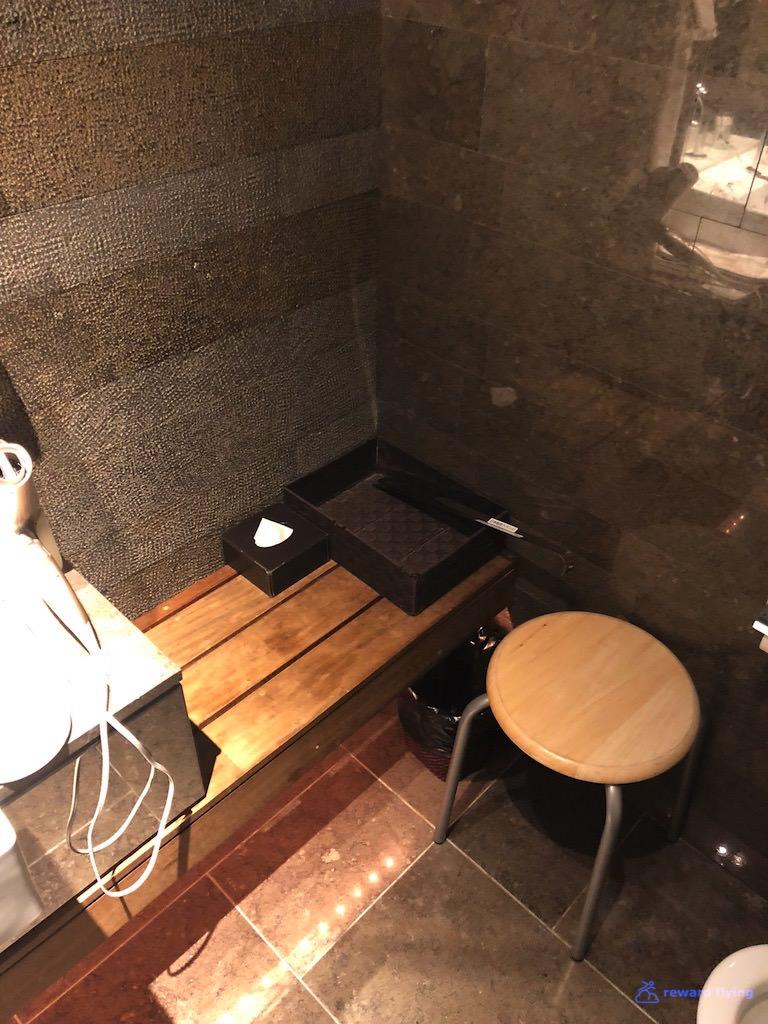 JLNRTFCL Shower 3.jpg