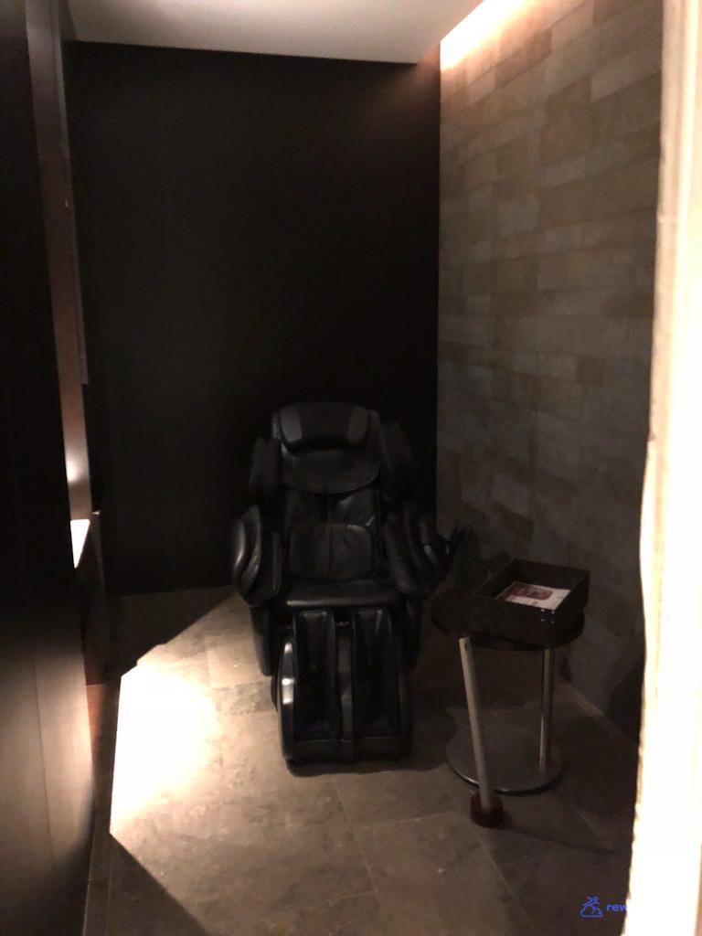JLNRTFCL Room - Massage 1.jpg