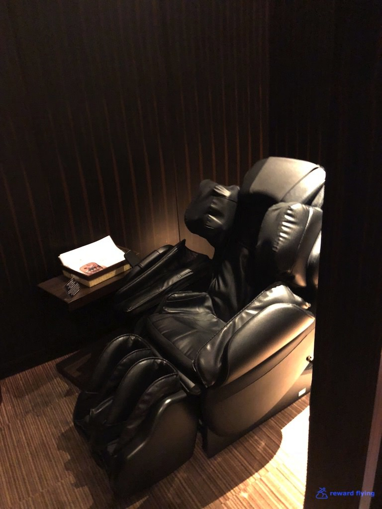JLNRTFCL Room - Massage 2.jpg