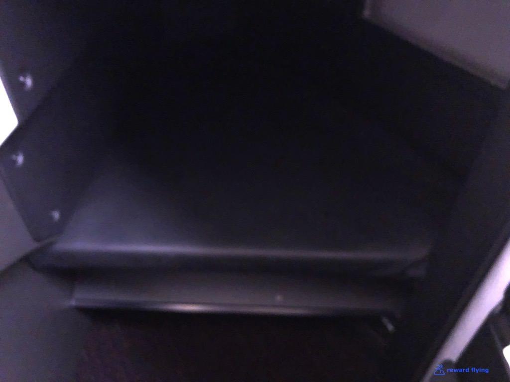 JL711 Seat Footwell Ottoman.jpg