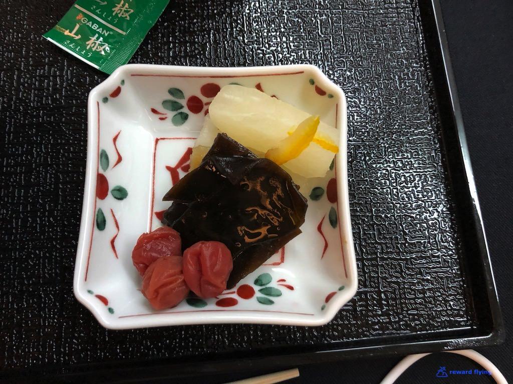 JL711 Food Main 4.jpg