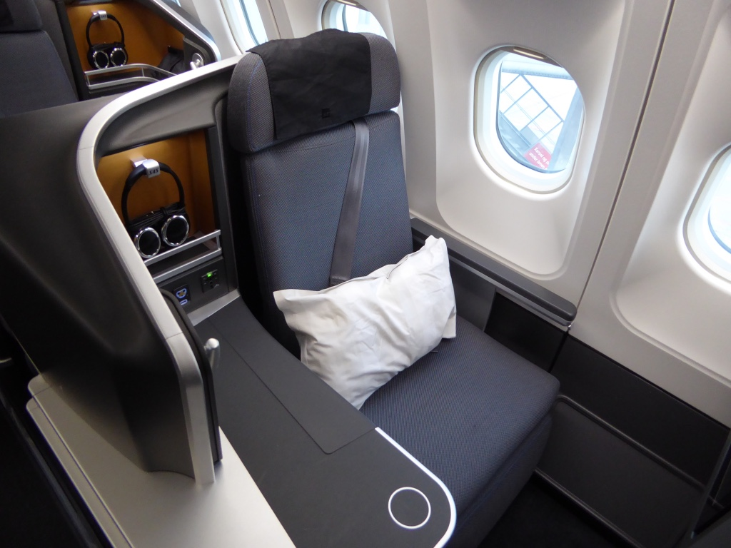 SK995 Seat 3.jpg