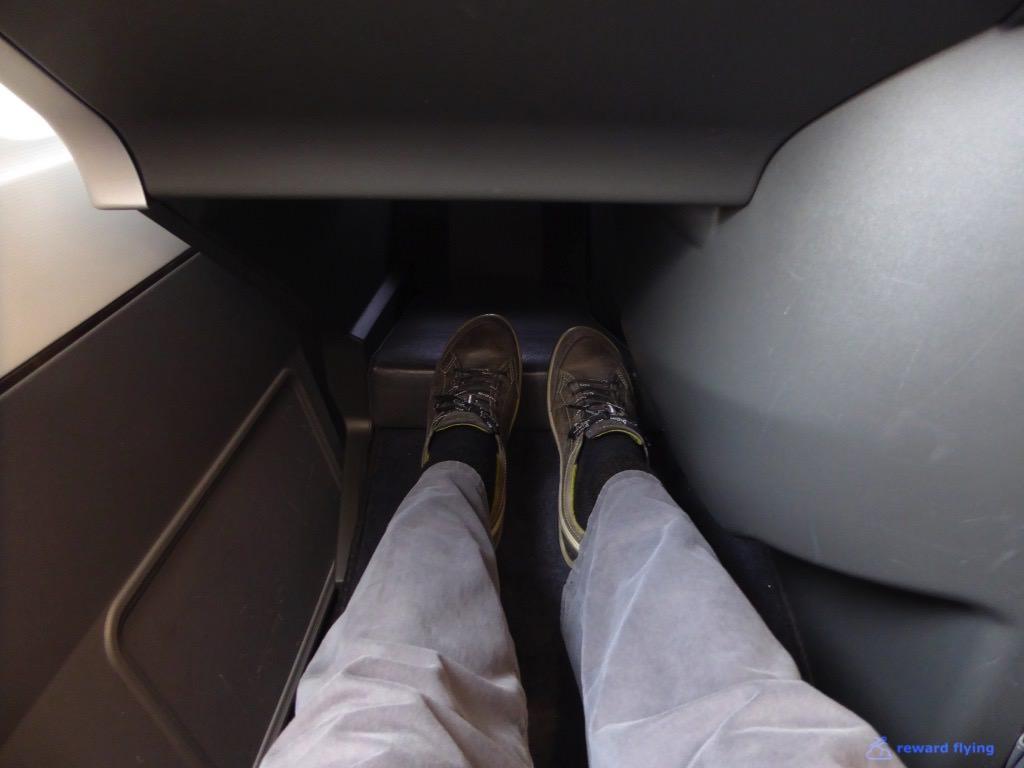 SK945 Seat Footwell 1.jpg