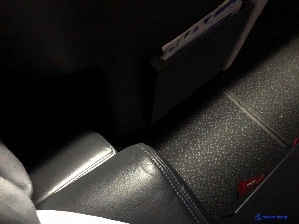 DL158 Seat 4.jpg