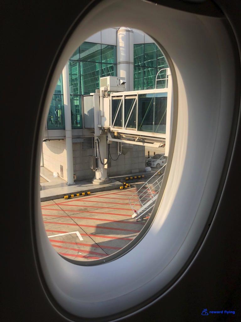 DL158 Seat Window 1.jpg