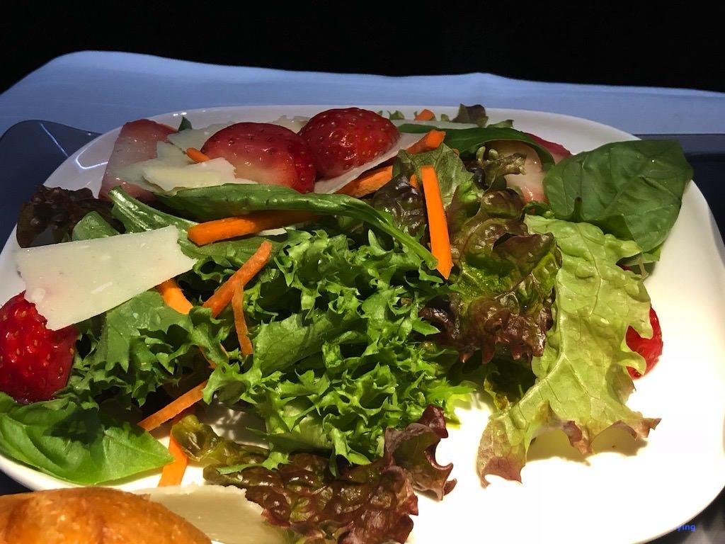 DL158 Food Main Salad 1.jpg