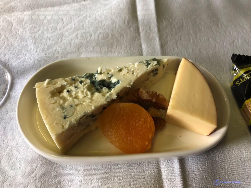 KL612 Food Cheese 1.jpg