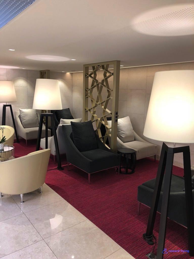 QR42 Lounge 6.jpg