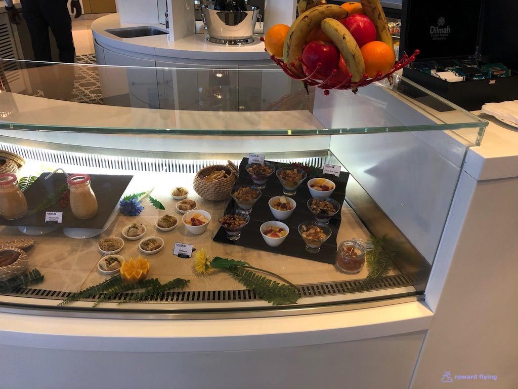 QR42 Lounge Food 5.jpg