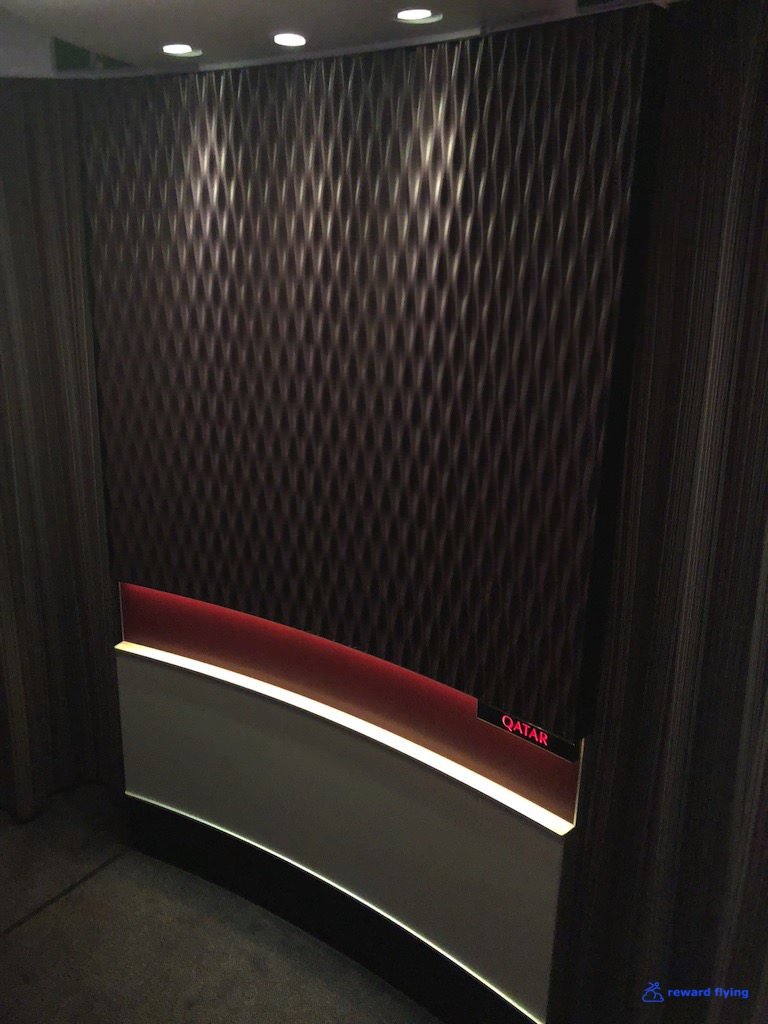 QR908 Cabin Stair 3.jpg