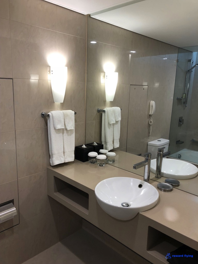 VA786 Hilton Room 5.jpg