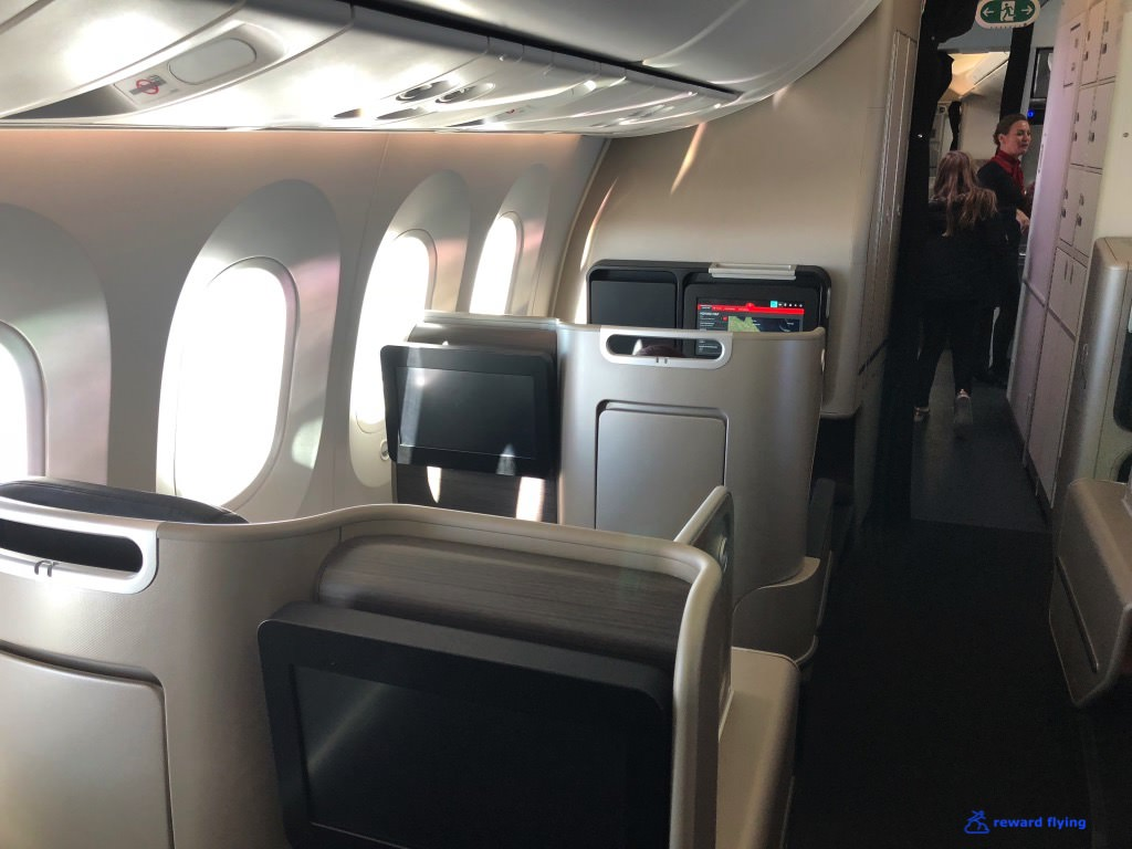 QF906 Cabin 5.jpg