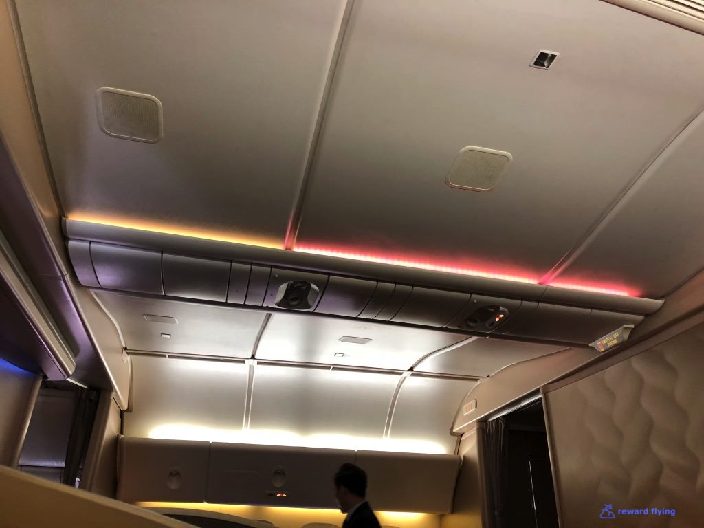 SQ806 Cabin 5.jpg
