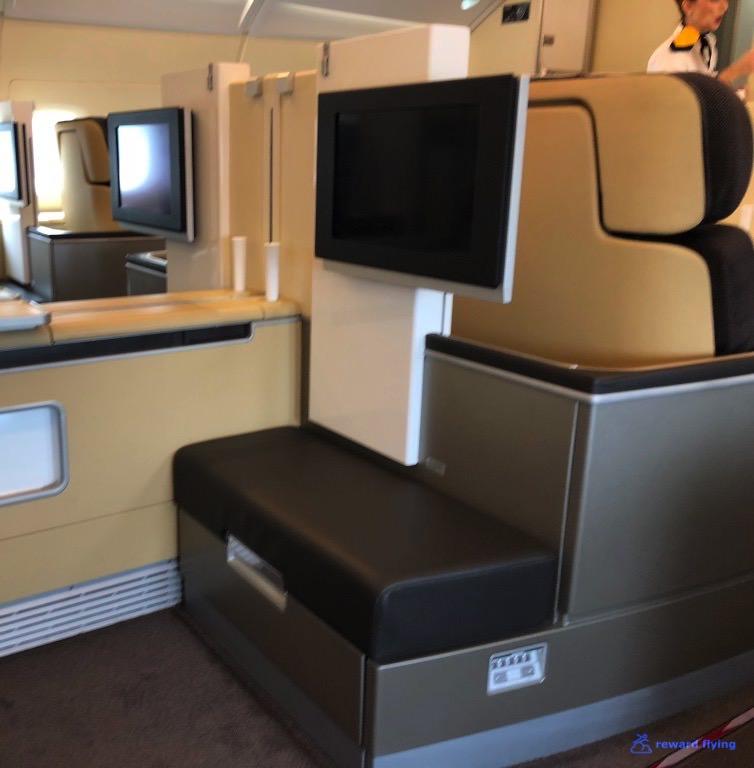 LH723 Seat Ottoman 2.jpg