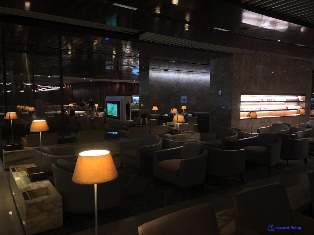 SQ34 Lounge 2.jpg