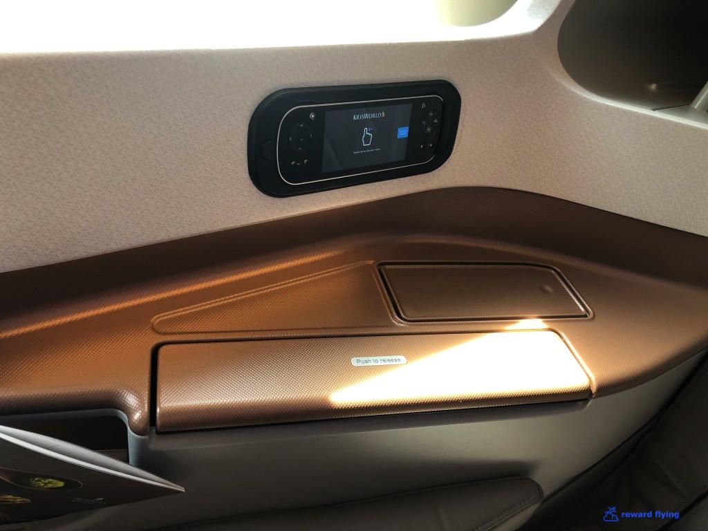 SQ34 Seat Side Table 1.jpg