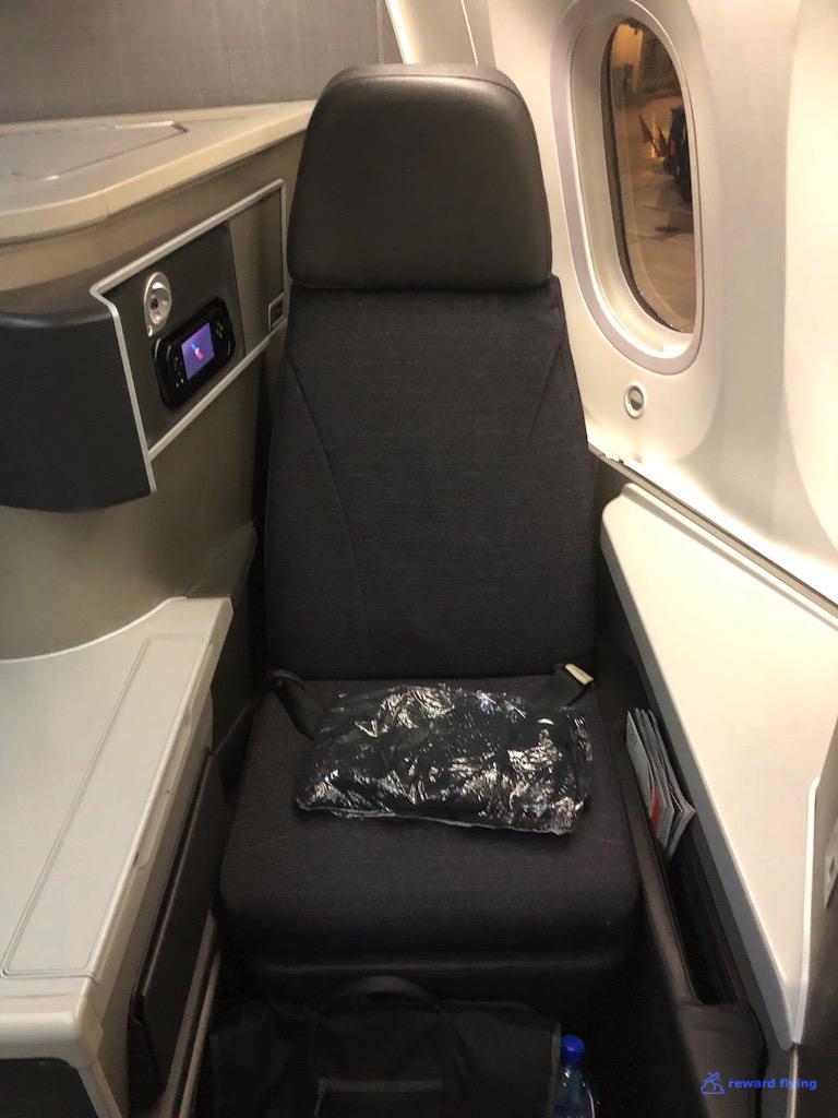 AA2300 Seat RF 1.jpg