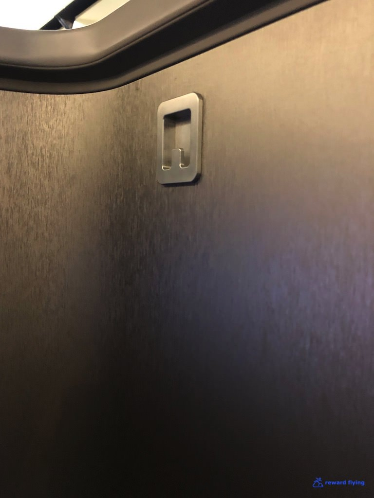 AA2300 Seat Coat.jpg