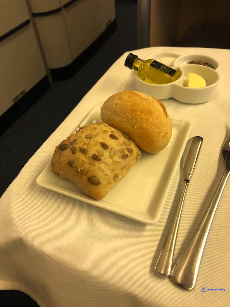 NH111 Food Bread 1.jpg