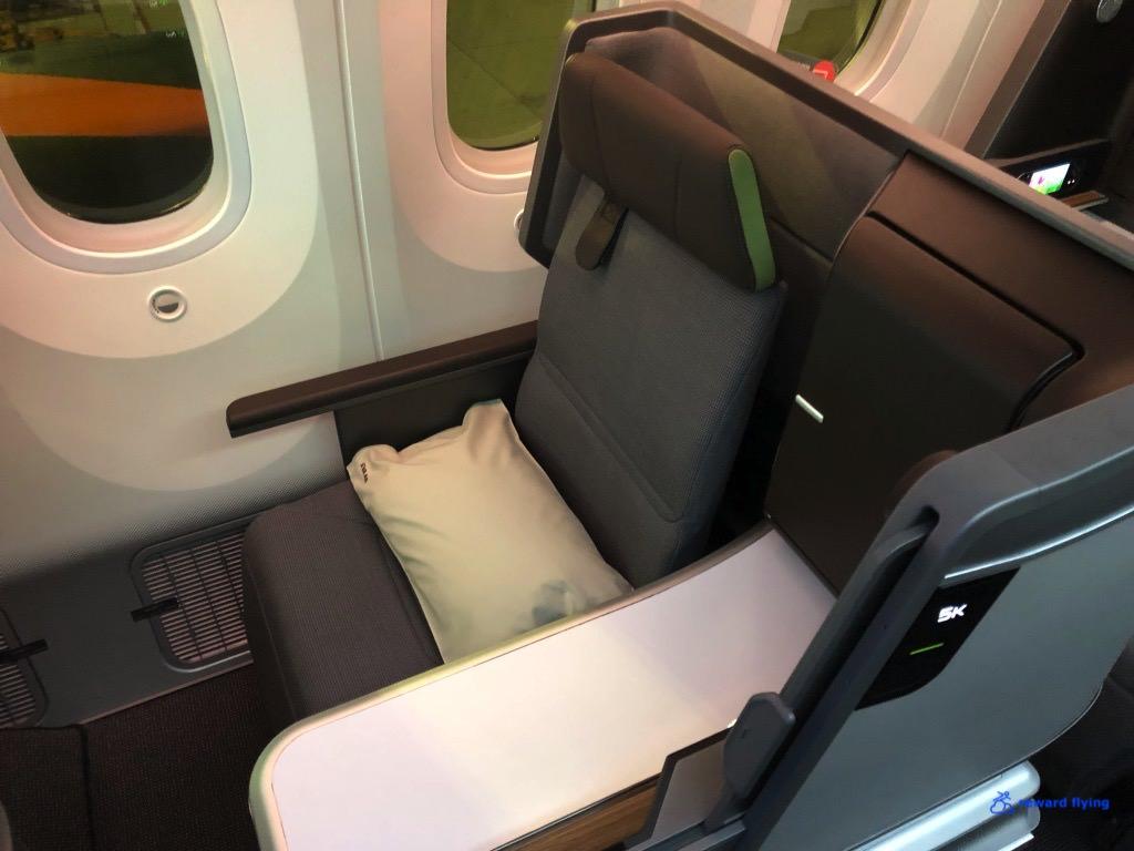 BR872 Seat 1.jpg