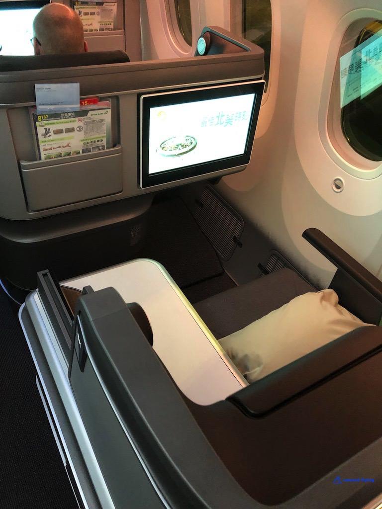BR872 Seat 4.jpg