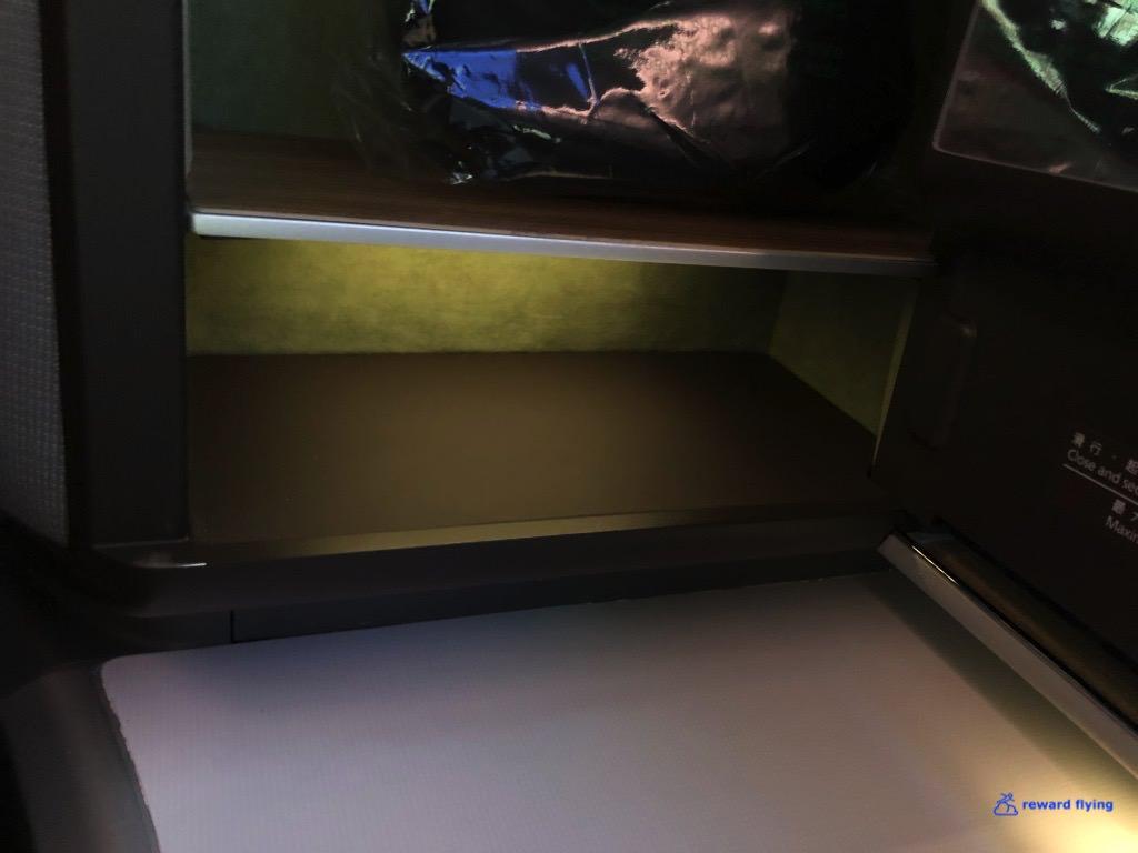BR872 Seat Storage 2.jpg