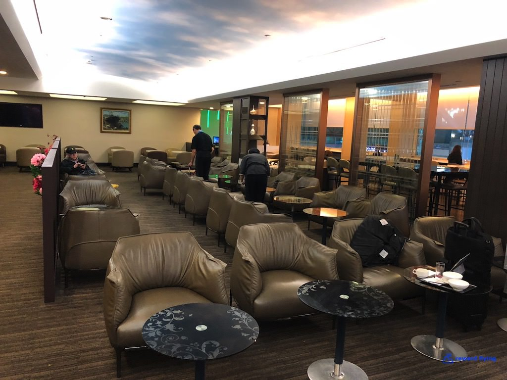 HX253 Lounge 6.jpg