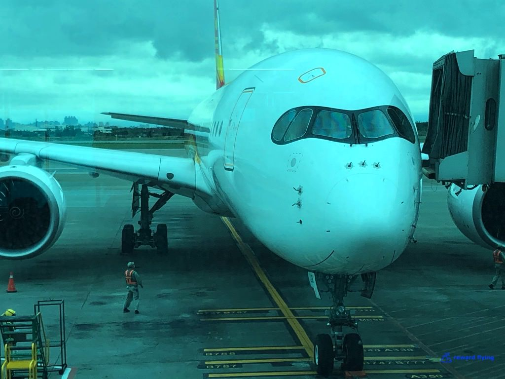 HX253 Plane 7.jpg