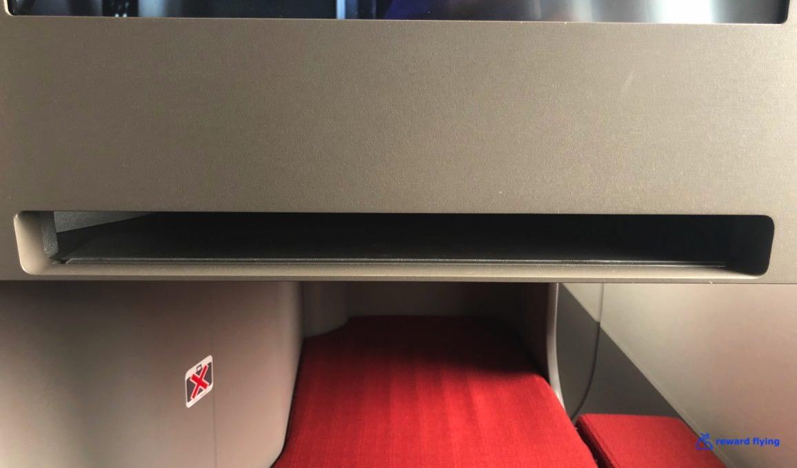 HX253 Seat 5.jpg