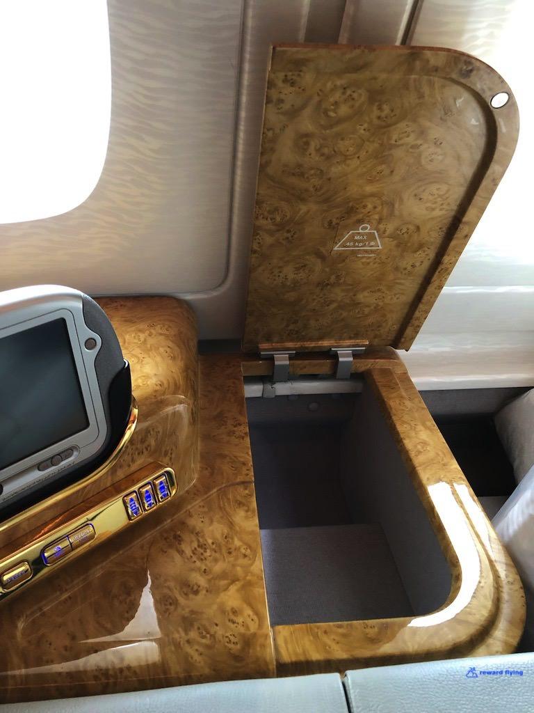 EK383 Seat 9.jpg