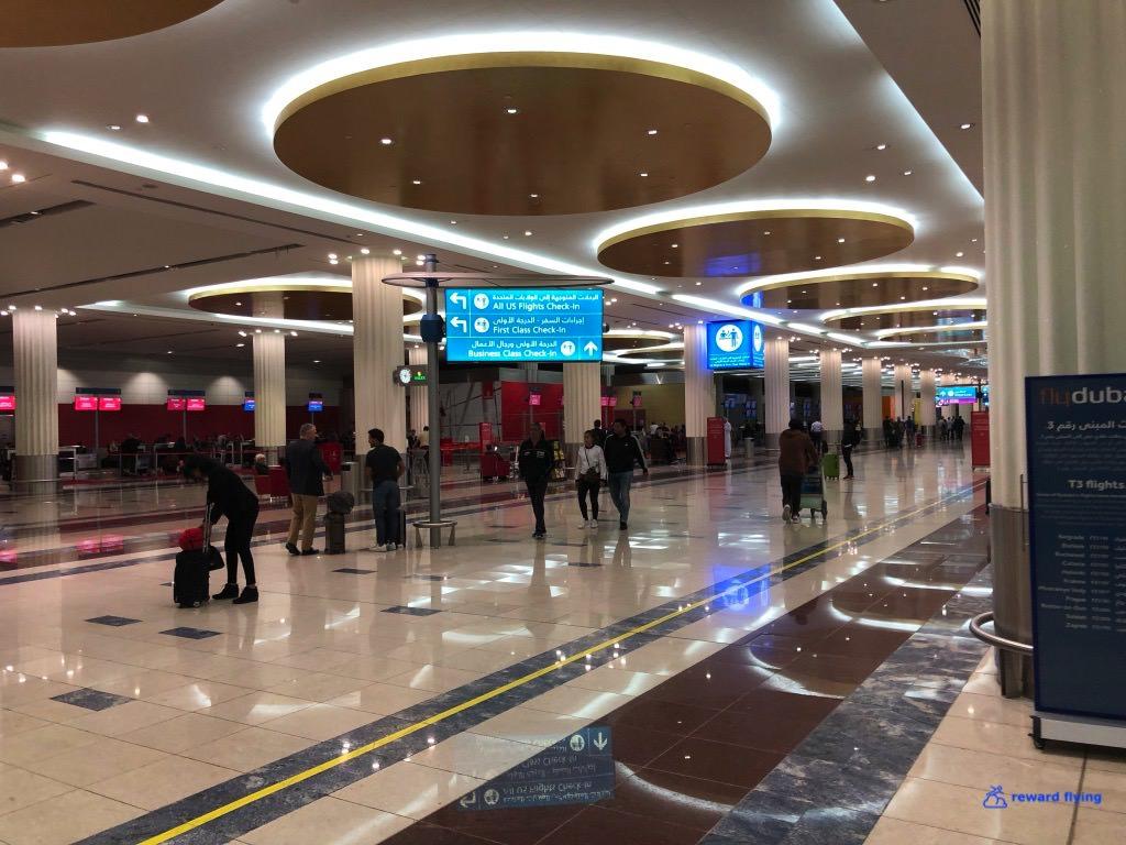 EK235 Airport 2.jpg