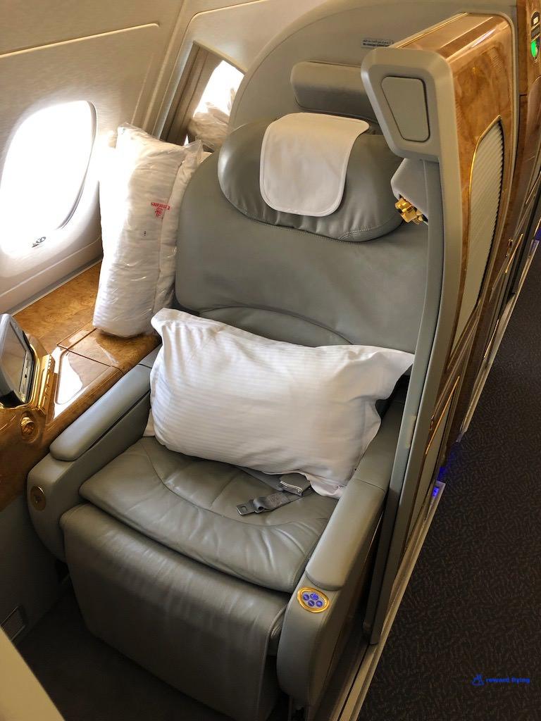 EK383 Seat 1.jpg