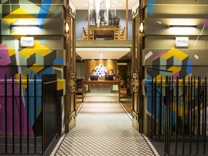 hotel-megaro-london_150920141638441496.jpg