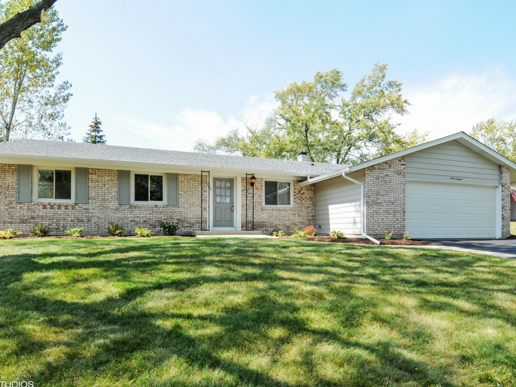 Bolingbrook Home Remodeling - Check out Bolingbrook, IL homeowner Before / After Photos!