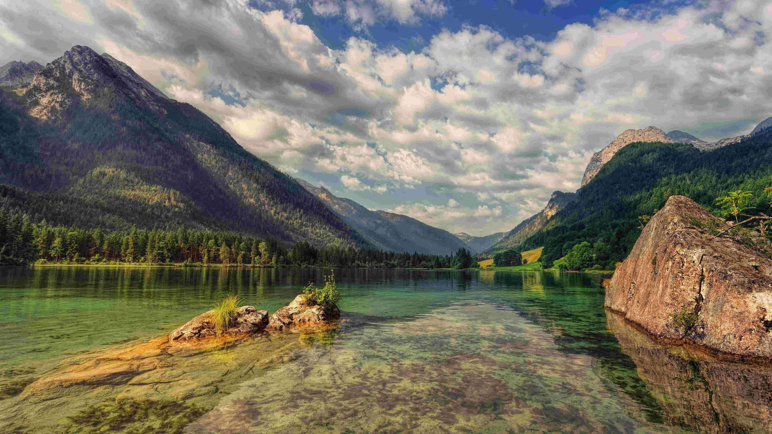 calm-clear-water-clouds-1110656 V2.jpg
