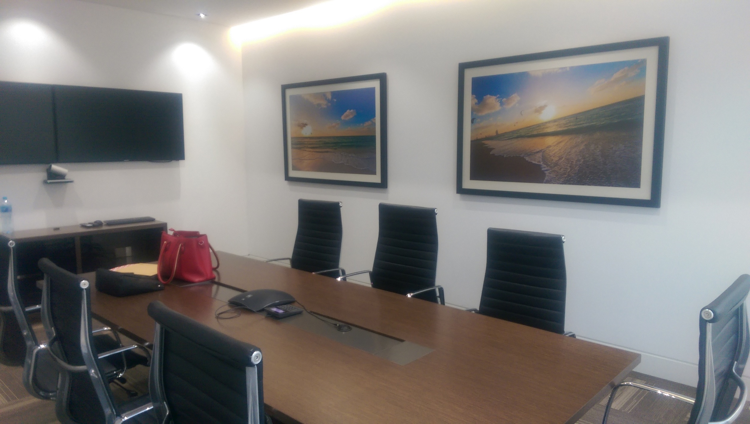Pixelesque Photography in a private office