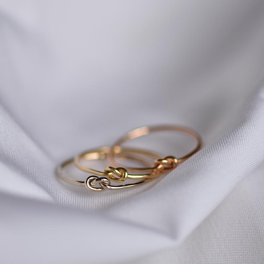 дизайнерские ювелирные украшения из золота